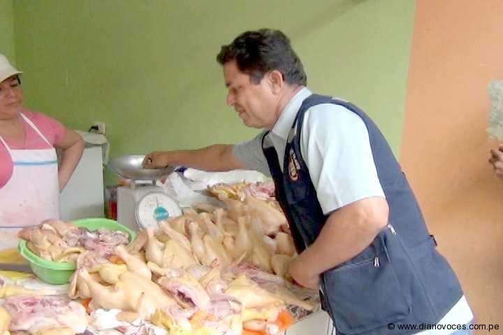 Siguen  operativos de certificación de pollos eviscerados