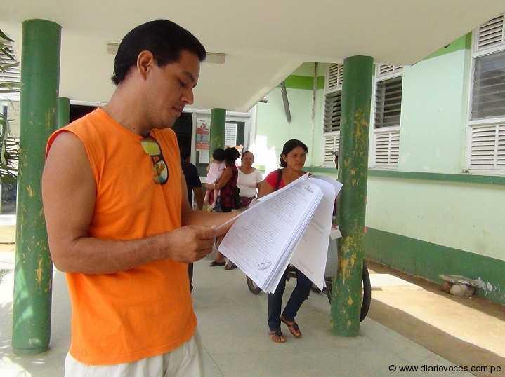 Motocarrista recibe incompleta su historia clínica en hospital de Tarapoto