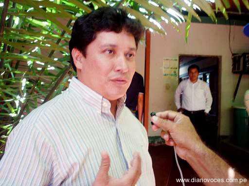 Alcalde de Lamas niega deuda de 45 días a trabajadores de Trabaja Perú en Aucaloma