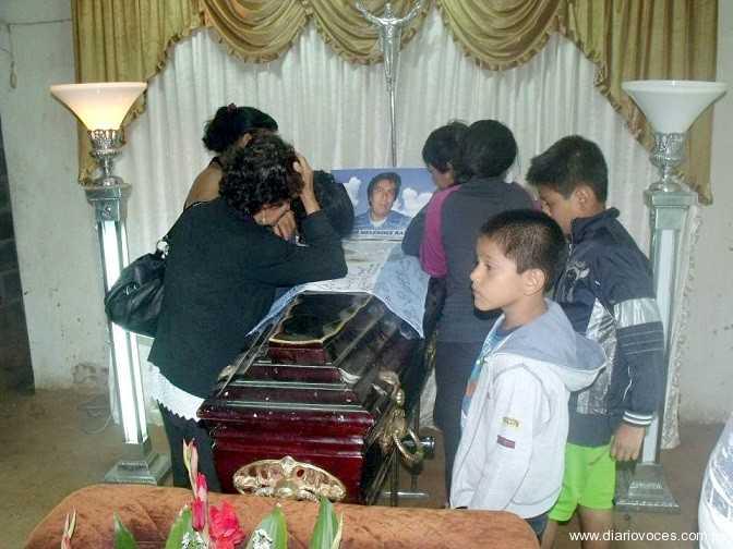Llegaron a Tarapoto los restos mortales de joven moralino que murió en Argentina