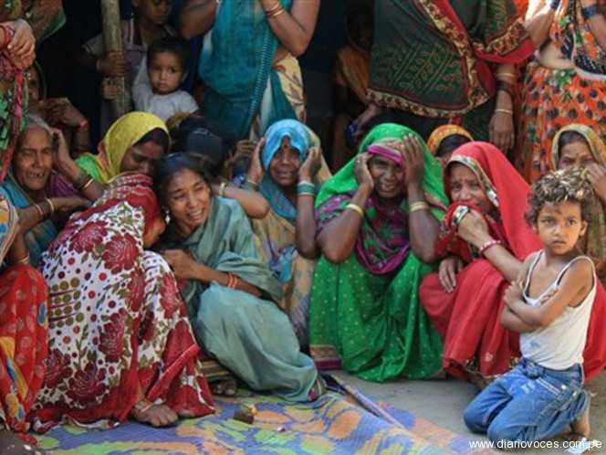 India: Mujer muere tras ser quemada viva por resistirse a violación