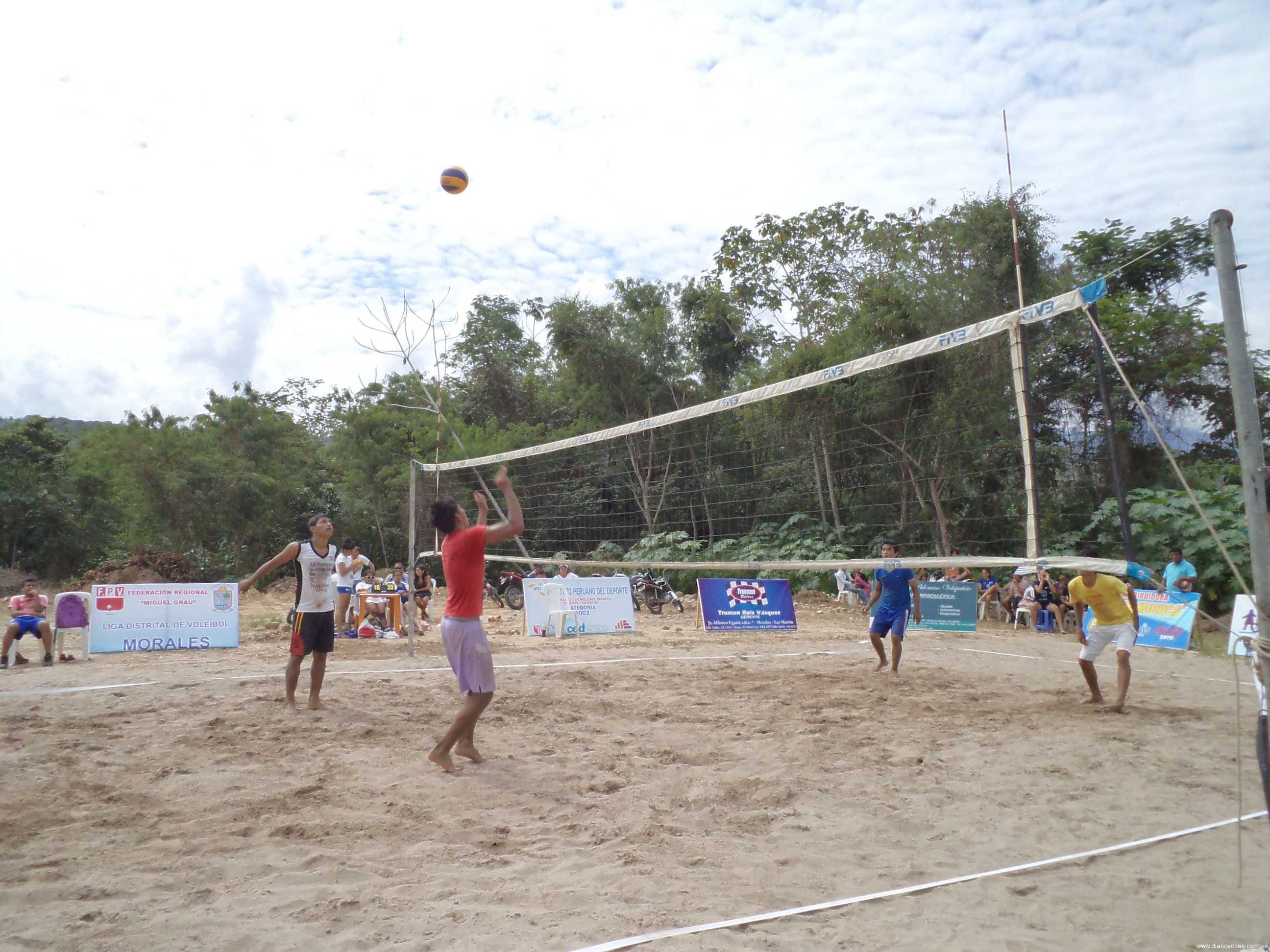 I campeonato de vóley playa continúa en Morales Beach