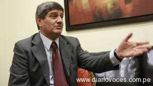 Raúl Diez Canseco demandará a  Rolando Reátegui
