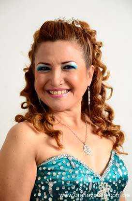 Zoilita del Perú canta para nosotros