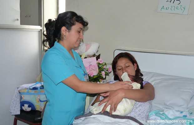 Peru otra vez un rapidin x el tubo a mi enfermera - 2 2