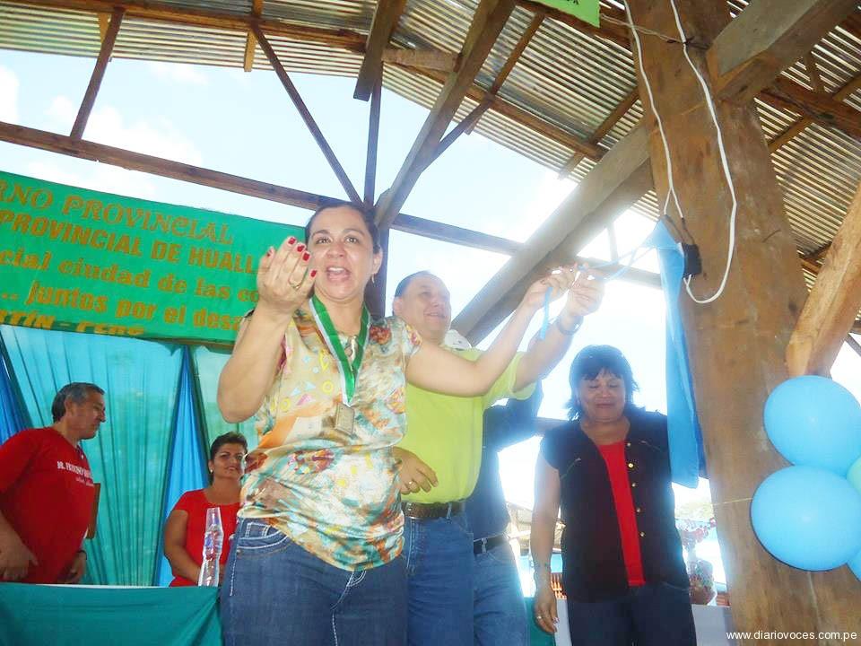 Marisol Espinoza inauguro electrificación rural en Saposoa, 16 comunidades son beneficiadas