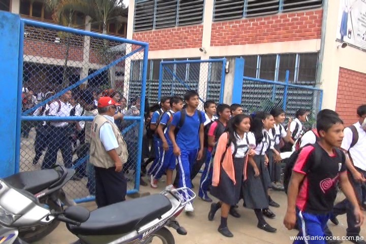 Violento desalojo en Lamas deja  policías heridos y 18 personas detenidas