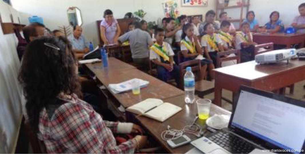 Evalúan y fortalecen actividades  educativas en Cacatachi