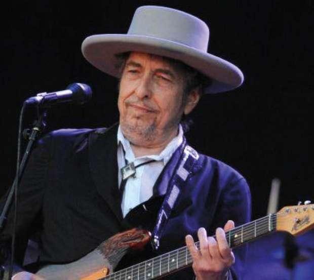 Bob Dylan responde al fin y  agradece a la academia el Nobel