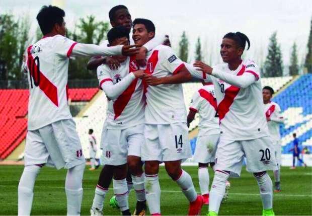 Selección Peruana Sub 15 goleó 4-1 a Bolivia en el Sudamericano