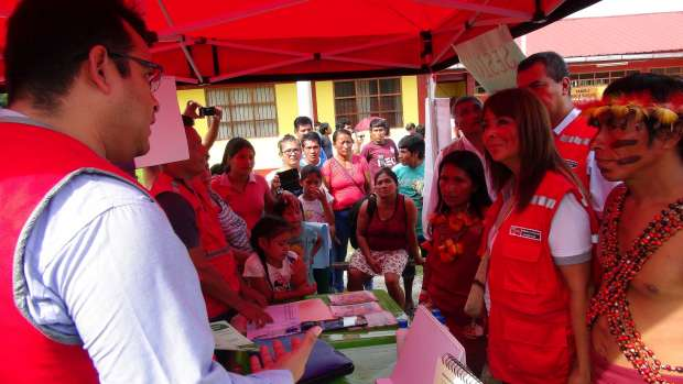 Iquitos: incendio en distrito de Belén deja cien damnificados