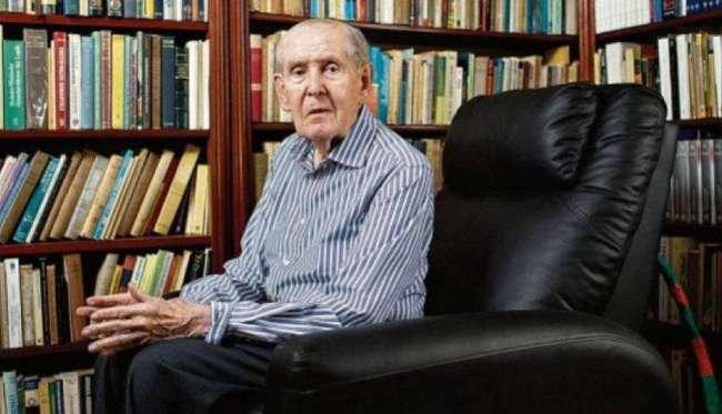 Francisco Miró  Quesada Cantuarias falleció a los 100 años