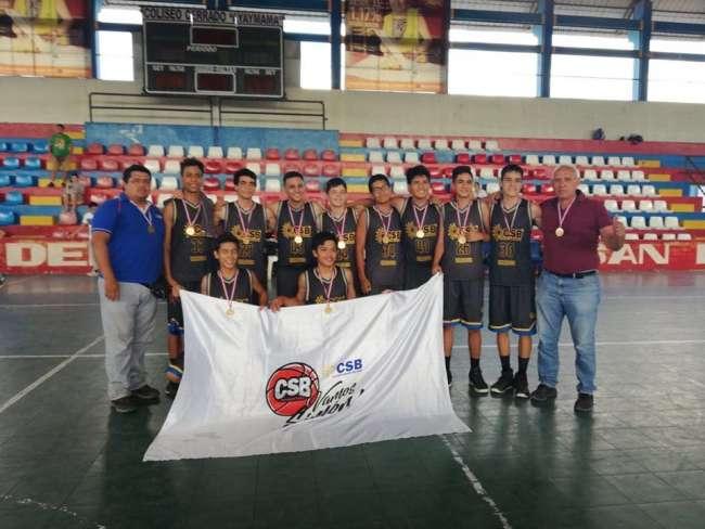 Colegio Simón Bolivar campeón regional en basquet masculino (sub17)