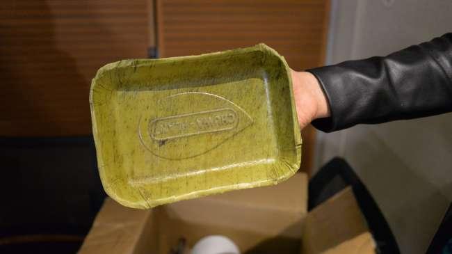 Emprendedores crean platos biodegradables a base de hojas de plátano