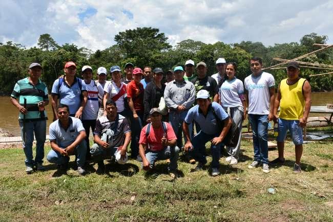 Trabajadores participaron en jornada comunal de limpieza en Moyobamba