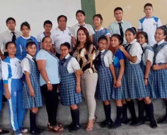 Fiscal de Familia dicta charla a  estudiantes en el distrito de Huicungo