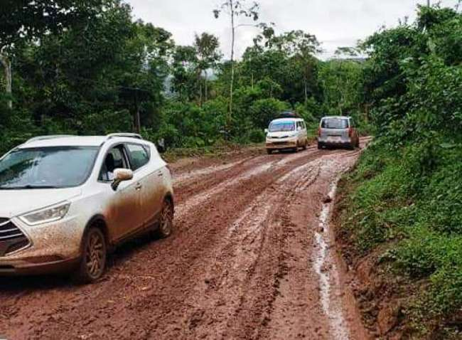 Carretera Puerto López-Sauce necesita con urgencia atención de autoridades