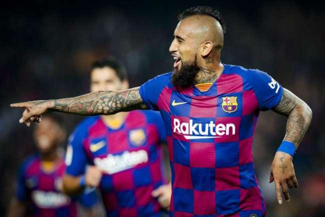Arturo Vidal amenazó en dejar Barcelona de Epaña si no gana protagonismo