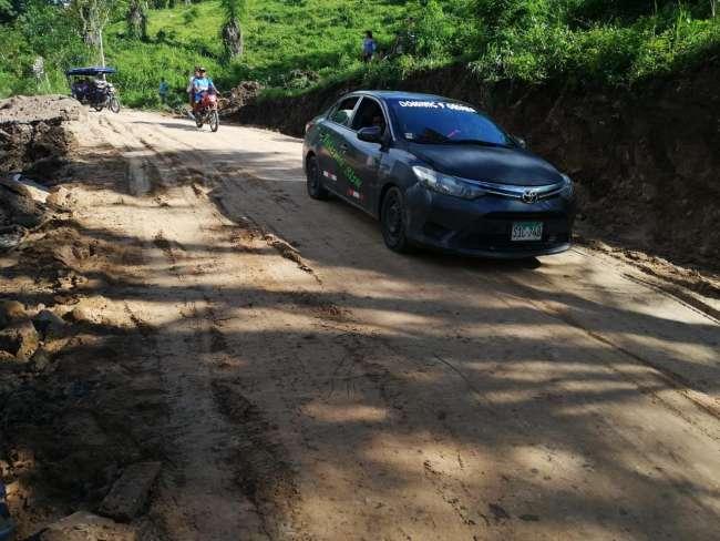 Rehabilitan carretera a San José de Sisa