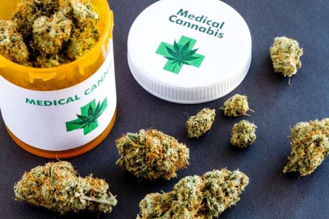 Inició venta legal de aceite medicinal de cannabis en el Perú