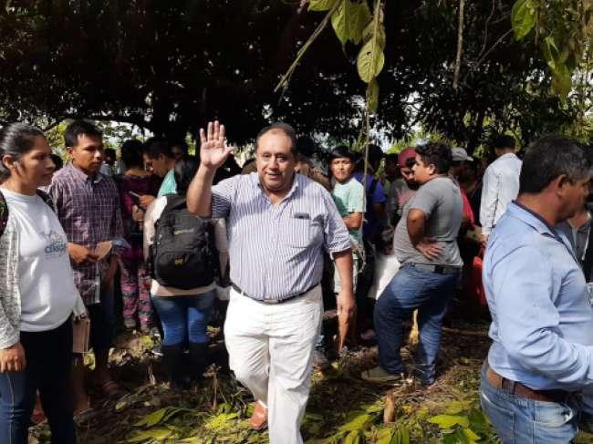 Luis Castillo de acuerdo  con la explotación petrolera en el Cerro Escalera