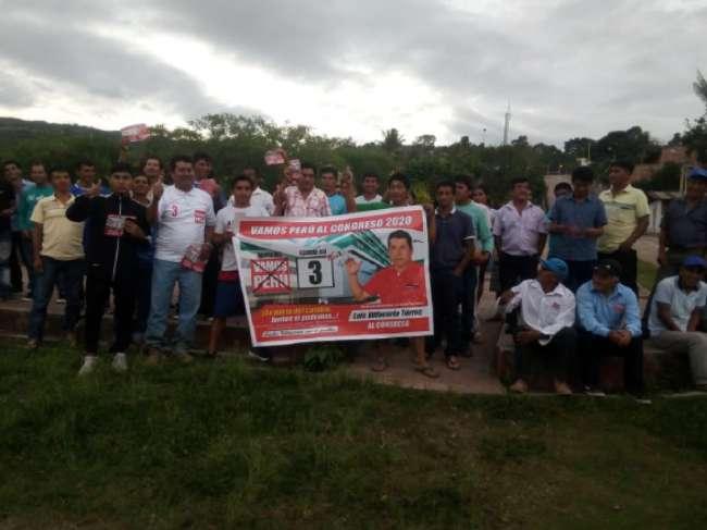 Candidato al congreso  Luís Villacorta se reunió  con pobladores de Jerillo, Betania y Posic