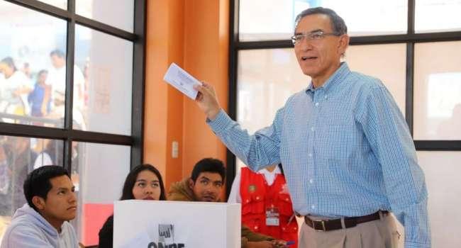 Congreso 'fragmentado' de Perú facilita las reformas de Vizcarra