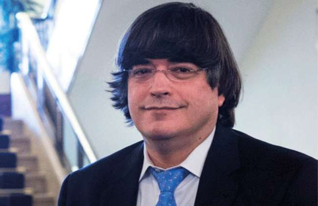 Jaime Bayly Retorna A La Television Peruana Tras 10 Anos De Ausencia Diario Voces Spending too much time in soccer games at school, his low academic. jaime bayly retorna a la television