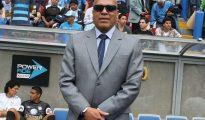 Roberto Mosquera principal opción para dirigir al Sporting