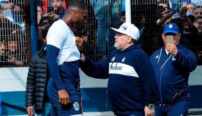 Carlos Stein contrató a pupilo  colombiano de Diego Maradona