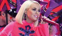 Katy Perry reveló en Instagram que está embarazada