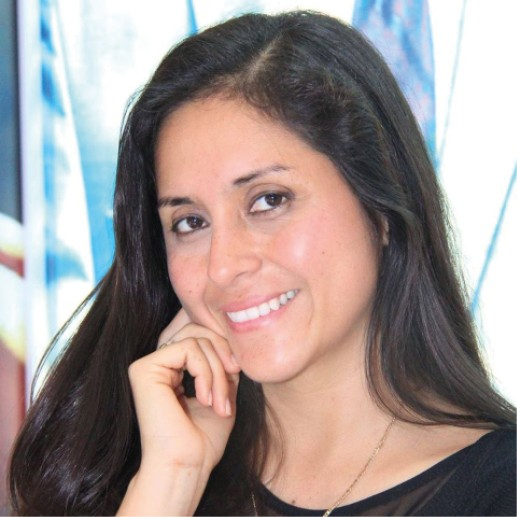 "Dra. Catherine Arévalo Pinchi presenta su libro ""Tenencia compartida"""