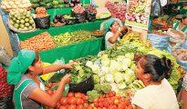 Productores y trabajadores de abastecimiento de alimentos  deberán tramitar su pase laboral