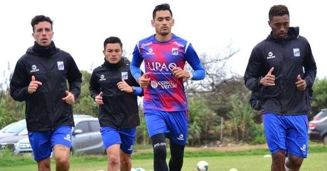 Carlos A, Mannucci llega hoy a Lima para La Liga 1