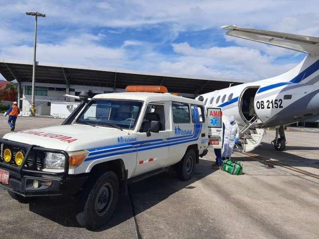 Evacuan a dos médicos que laboran en Hospital MINSA Moyobamba.