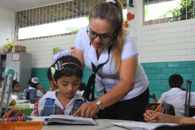 Más de 10 mil docentes de San Martín son capacitados virtualmente por el Minedu y el Goresam