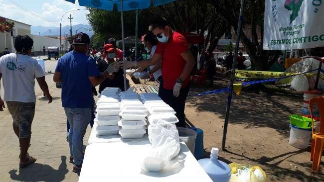 Piden alimentos para los familiares de los pacientes COVID que pernoctan en el Hospital II – 2