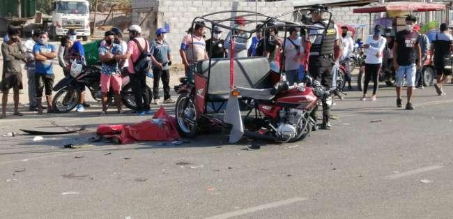 Un muerto y tres heridos deja choque entre camioneta y Trimóvil en la Vía de Evitamiento