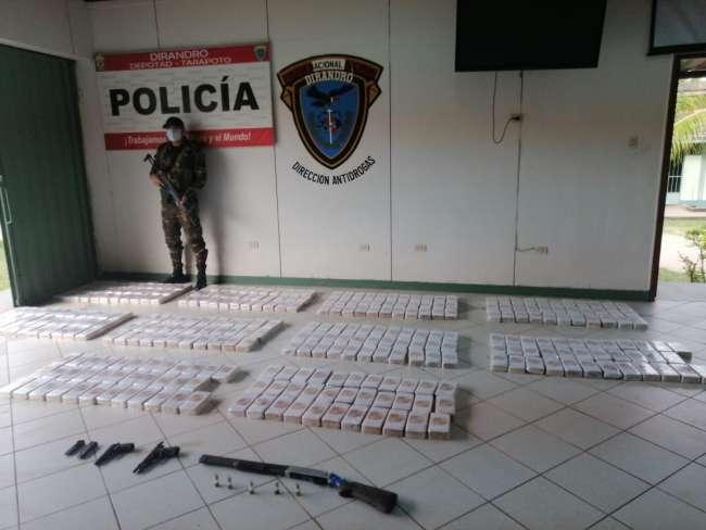 Narco avioneta iba a aterrizar en el Bajo Huallaga para transportar 340 kilos de PBC