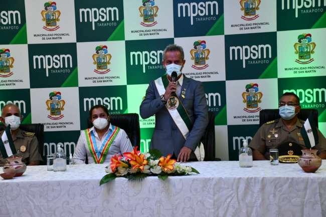 Alcalde Tedy del Aguila anuncia asfaltado del Jr. Ramón Castilla