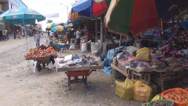 Comercio ambulatorio origina caos y desorden en Mercado Central de Moyobamba