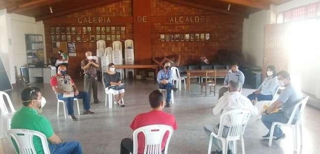 Vecinos del Jirón Pedro Pascasio Noriega se reunieron con representante de consorcio Imperio y el Gerente de la Municipalidad