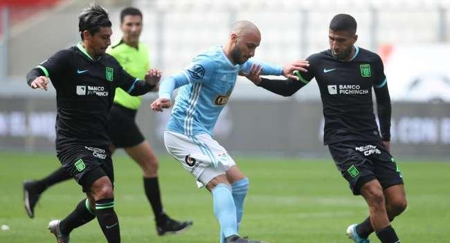 """Roberto Mosquera quedó conforme con Cristal y cree que """"Alianza Lima la sacó barata"""""""