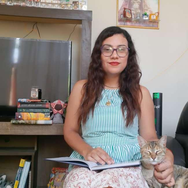 Joven escritora sanmartinense lanza su primera novela de género fantástico