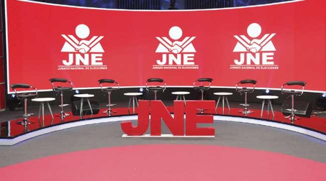 Alcaldes y Gobernadores podrán renunciar hasta el 12 de octubre si quieren participar en las elecciones 2021, anunció el JNE