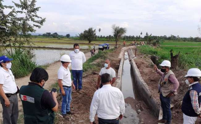 Realizan limpieza de 310 km de canales de riego y drenes en el Huallaga Central