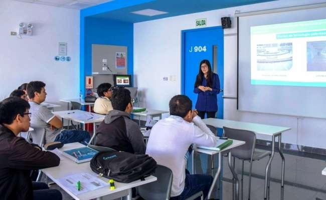 Jóvenes podrán postular a las 45 becas que ofrece SUNASS para curso de especialización en el sector saneamiento