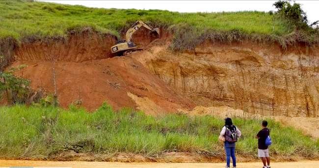 Fiscalía Ambiental de Alto Amazonas dirigió acciones en una cantera donde se extraía ilegalmente material no metálico para obra municipal