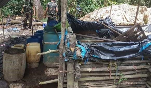 En Barranquita: Policía Antidrogas destruye laboratorio rústico de procesamiento de PBC