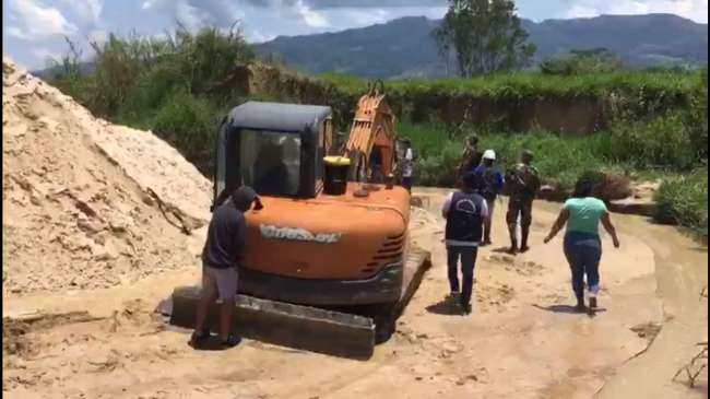 Fiscalía iniciará proceso penal para solicitar al juez una pena por el delito de minería ilegal a extractores en Moyobamba.